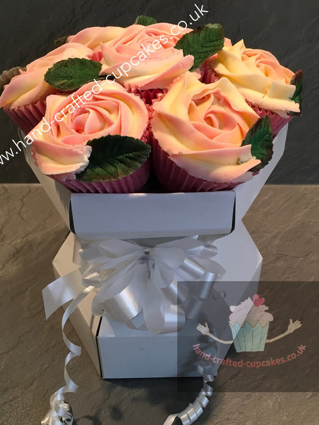 CCB-110-Rose-Cupcake-Bouquet