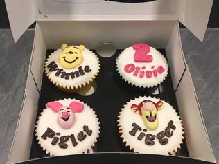 BCC-290-Winnie-the-Pooh-Cupcakes