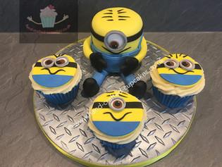 BCC-110-Minions-Cupcakes