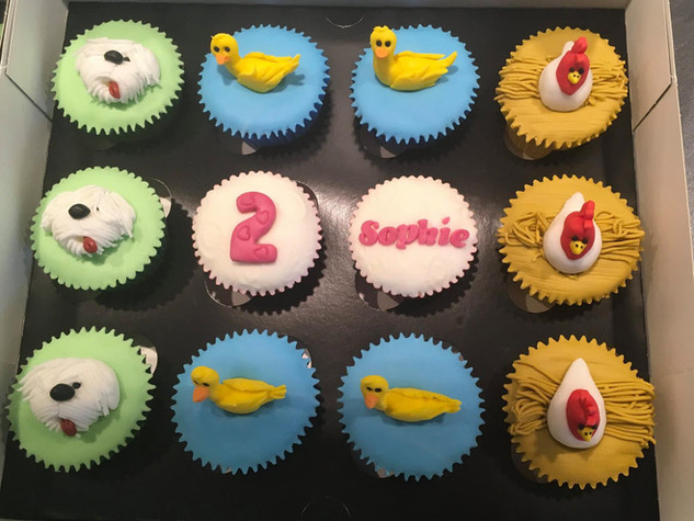 BCC-320-Dog-Duck-Chicken-Cupcakes