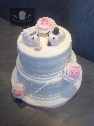 WC-260-White-Mice-Wedding-Cake