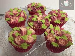 WCC-120-Flowered-Wedding-Cupcakes
