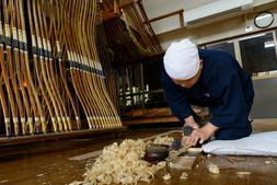 竹削り Planing bamboo
