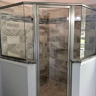 Shower Doors & Enclosures 22