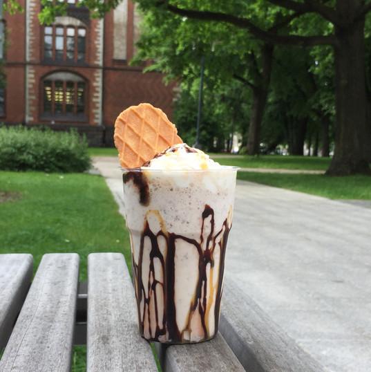 Chocolate ice cream cocktail