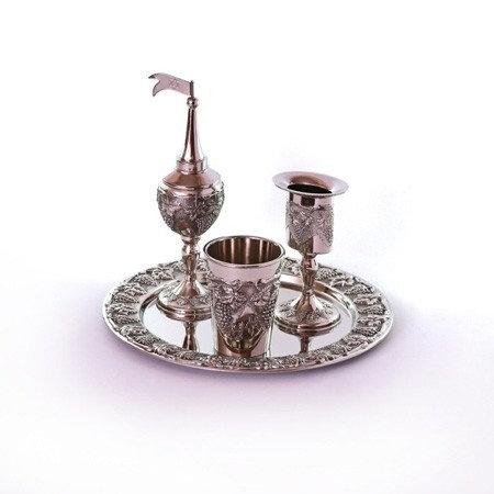 Set de abdala metal con dibujos de uva