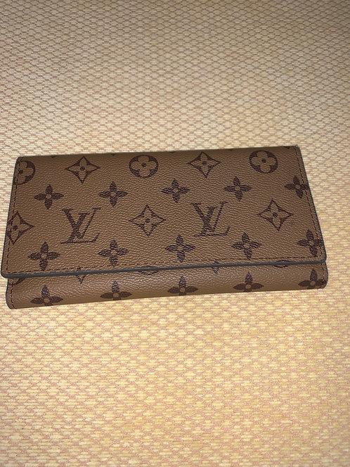 Louis Vuitton Wallet  (look alike)