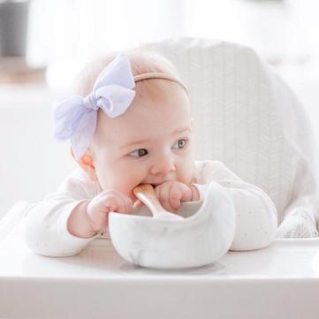 图片中可能有:1 位用户、微笑、婴儿和特写.jpg