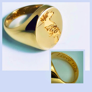 The Hoopoe Ring