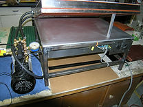 Solar panel laminator