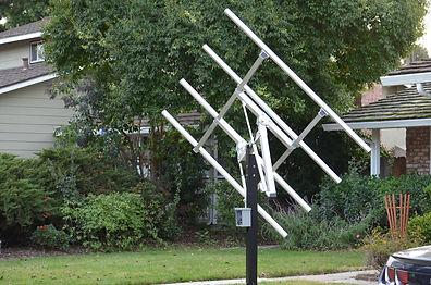 Solar tracking frame