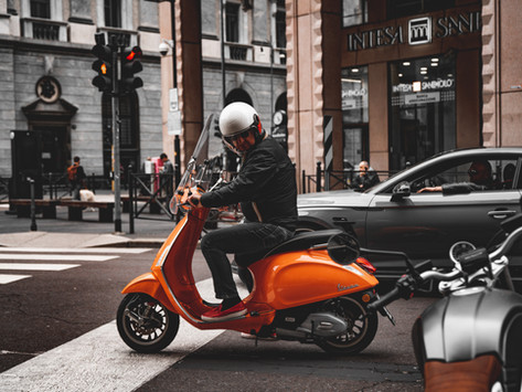 Micromobility challenges: the moped sharing market