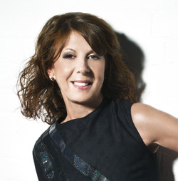 ELKIE BROOKS.