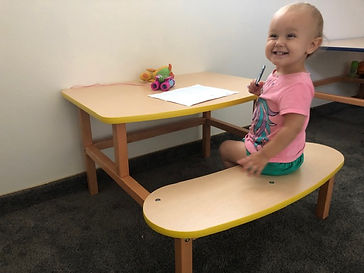 Children's 2-5 studend activity desk