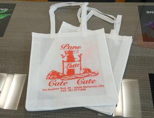 Adattamento grafico logo Pane Latte Cate Cate per stampa in serigrafia su borsa in tessuto non tessuto (TNT)