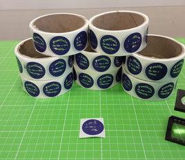 """Grafica e realizzazione etichette """"Panificio Ale & Ori"""" stampate a colori con lamina argento su polipropilene in bobina e fustellate"""