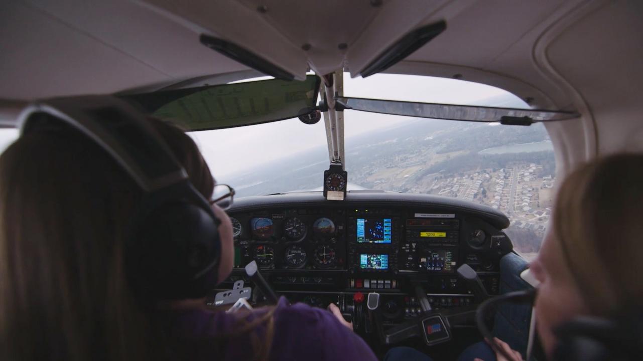 AOPA Pilot Life | Liz & Marla