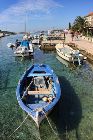 Local fishermen | Maslinica