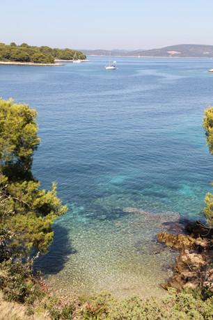 Bay in Maslinica | Villa Berg