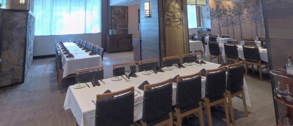 Semi-Private Market Table Room