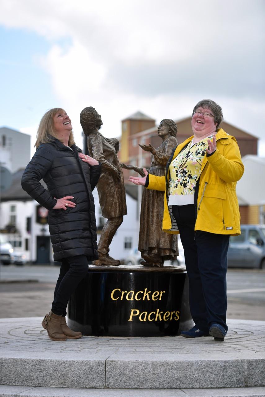 Cracker Packer