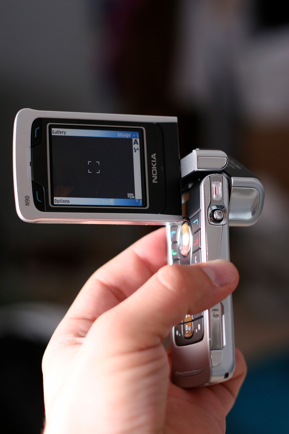 Nokia N90 with 2 Megapixel Camera