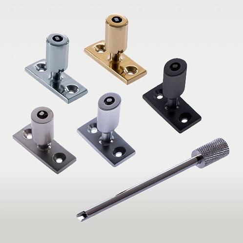 Locking pivot pin