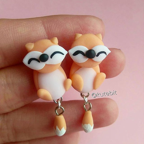 Aretes tiny foxes