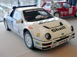 Ford RS200.
