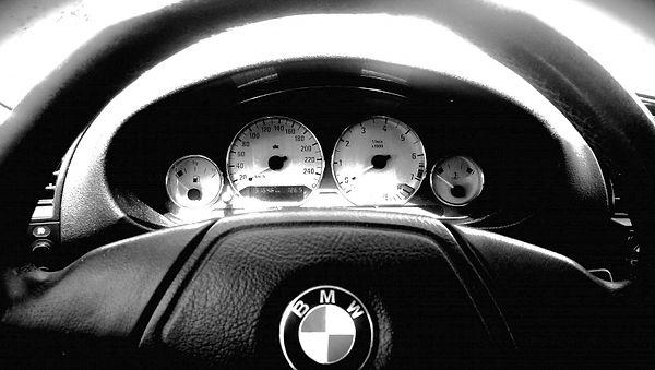 BMW 323i E36