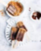 Schokoladen-Eis am Stiel