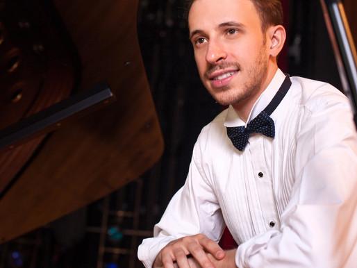 """Pianista Pablo Rossi retorna a Florianópolis com apresentação única da série """"Concertos Promenade"""""""