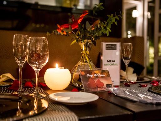 Positano Diamond Bar promove jantar romântico à luz de velas com cardápio temático exclusivo
