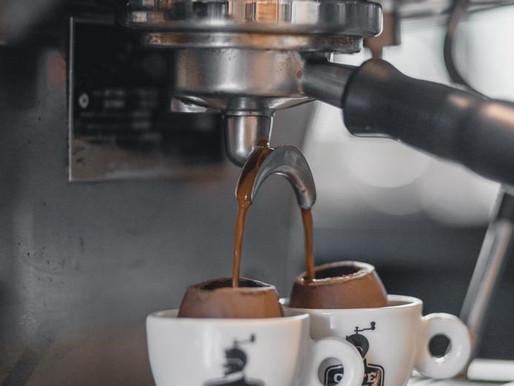 Café espresso no ovo de chocolate é a novidade da Páscoa no