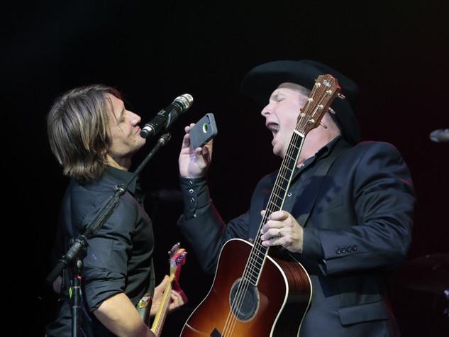 Keith Urban & Garth Brooks