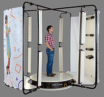 3D-scanner-Artec-Shapify-booth-man.jpg