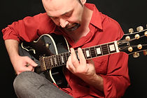 Aulas de violão e guitarra Skype Sergio Solimando