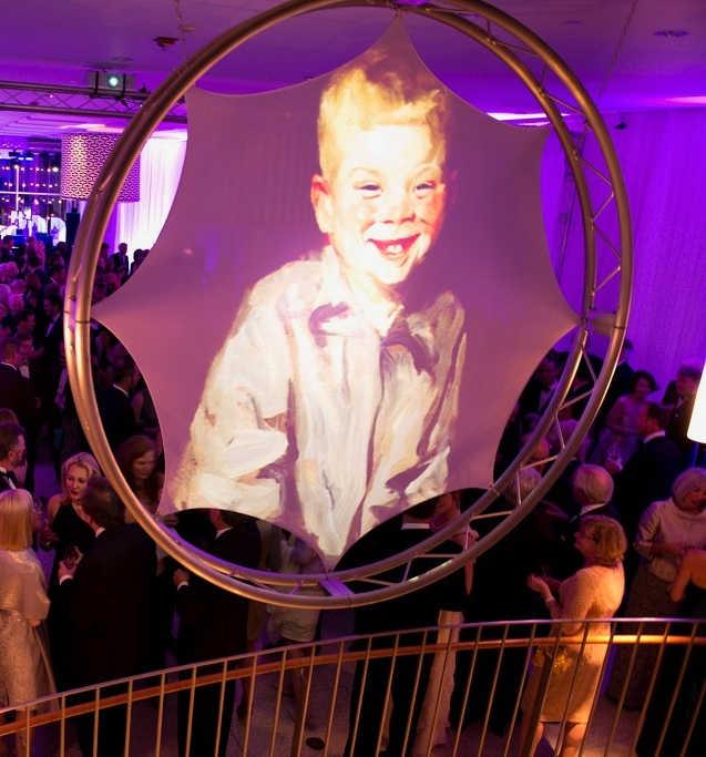 Audiovisual - Circle Screen (3).jpg