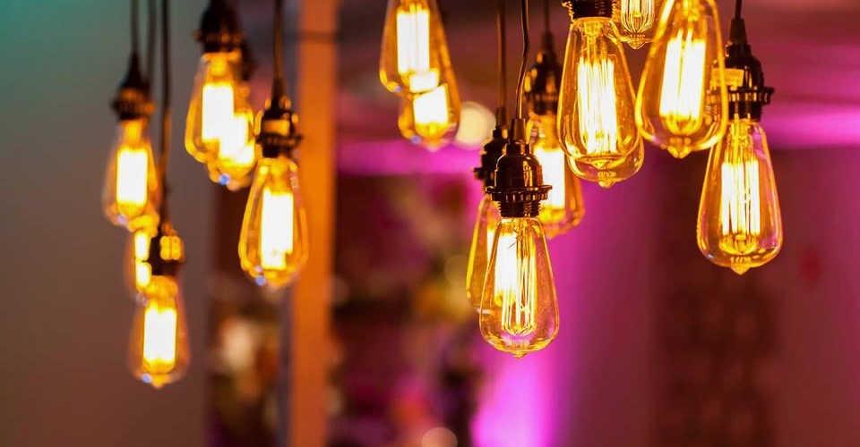 Vintage Bulbs (1).jpg