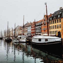 THAT Copenhagen snap #iloveboats #ilovebuildings_