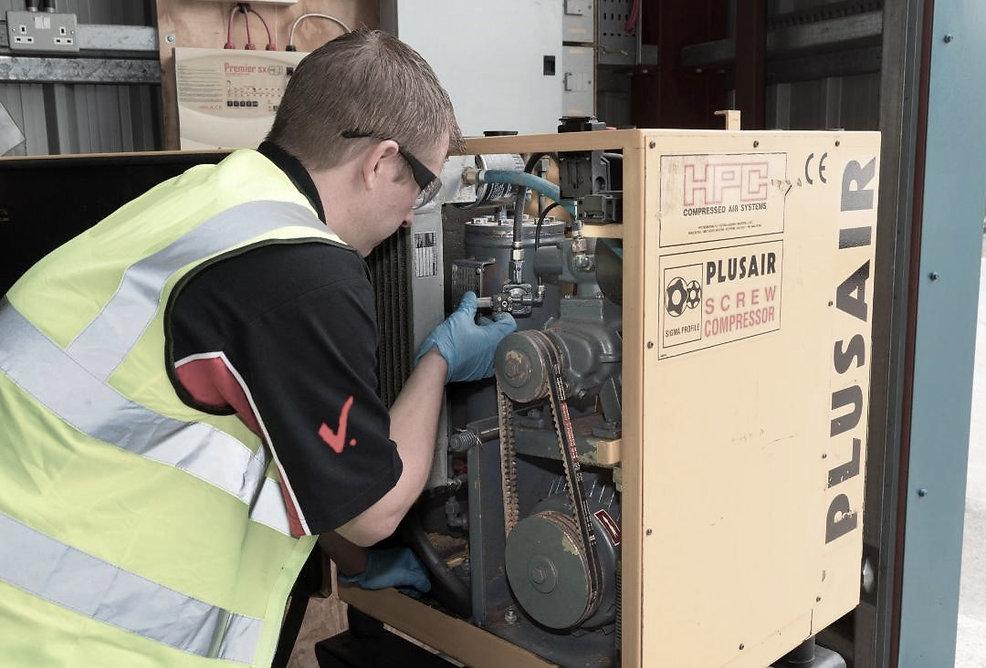 compressed air engineer (4).jpg