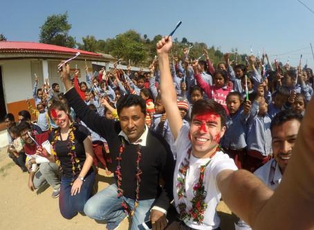 """""""Letters for Future"""" cambiando la vida de los niños de Nepal"""