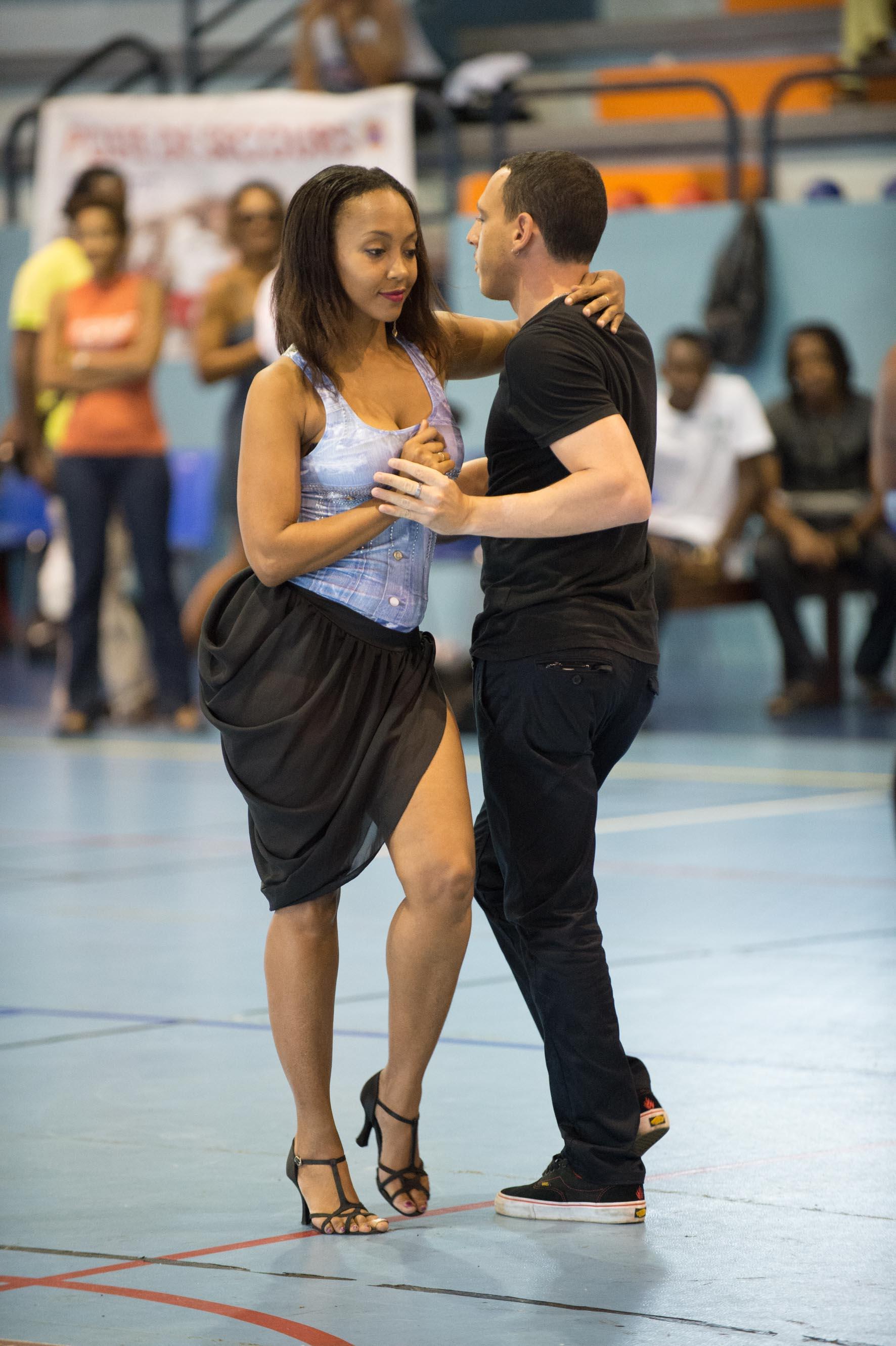 Afrohand Handivalid danse kizomba