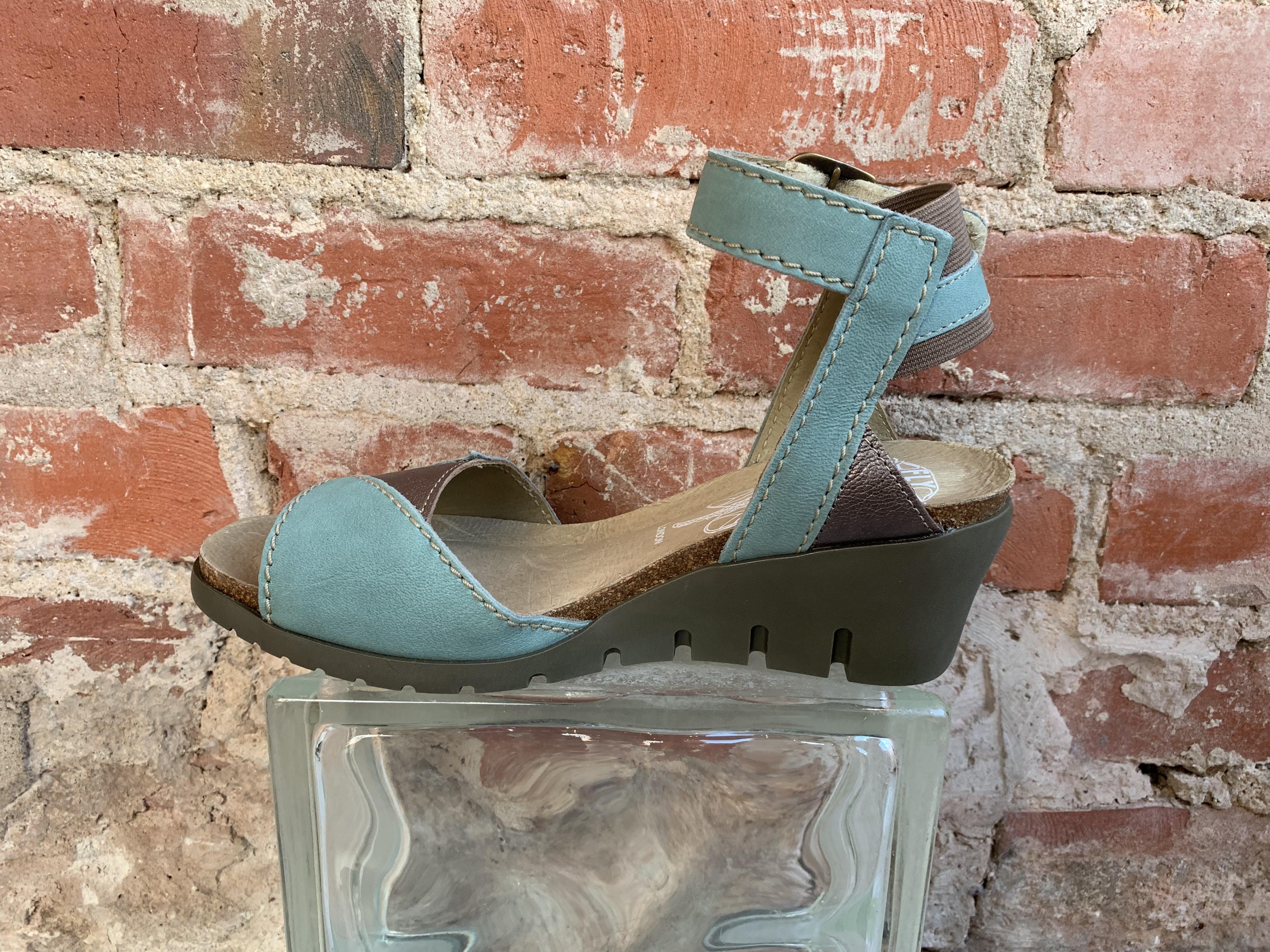 sandals light blue