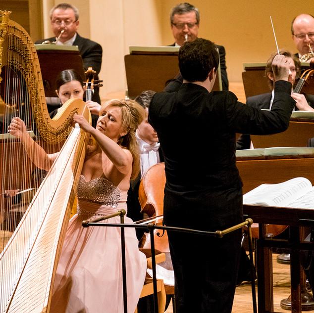 Jana Boušková & the Czech Philharmonic Orchestra and Mo. Jamie Phillips, Rudolfinum, Prague, 2016 (c) Petr Kadlec