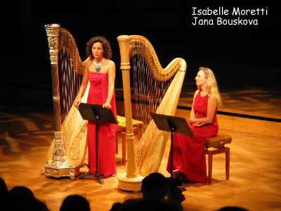 Jana Boušková & Isabelle Moretti, 2001