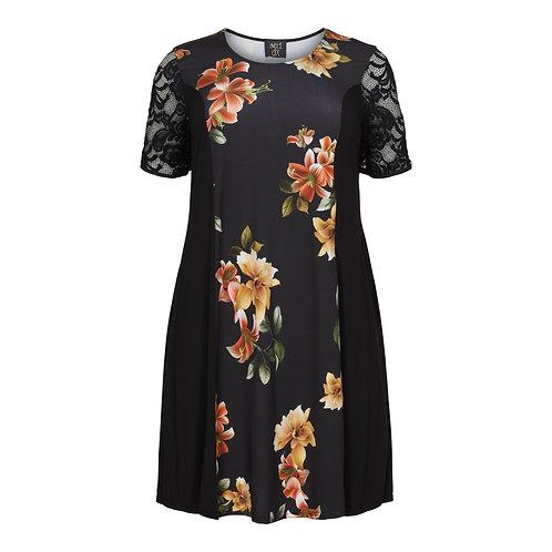 Flower print tea dress