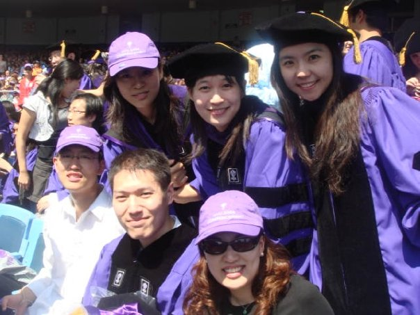 2008年畢業於美國紐約大學法學院
