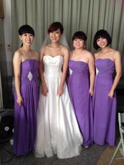 參與好友馮康恬姊妹之婚禮