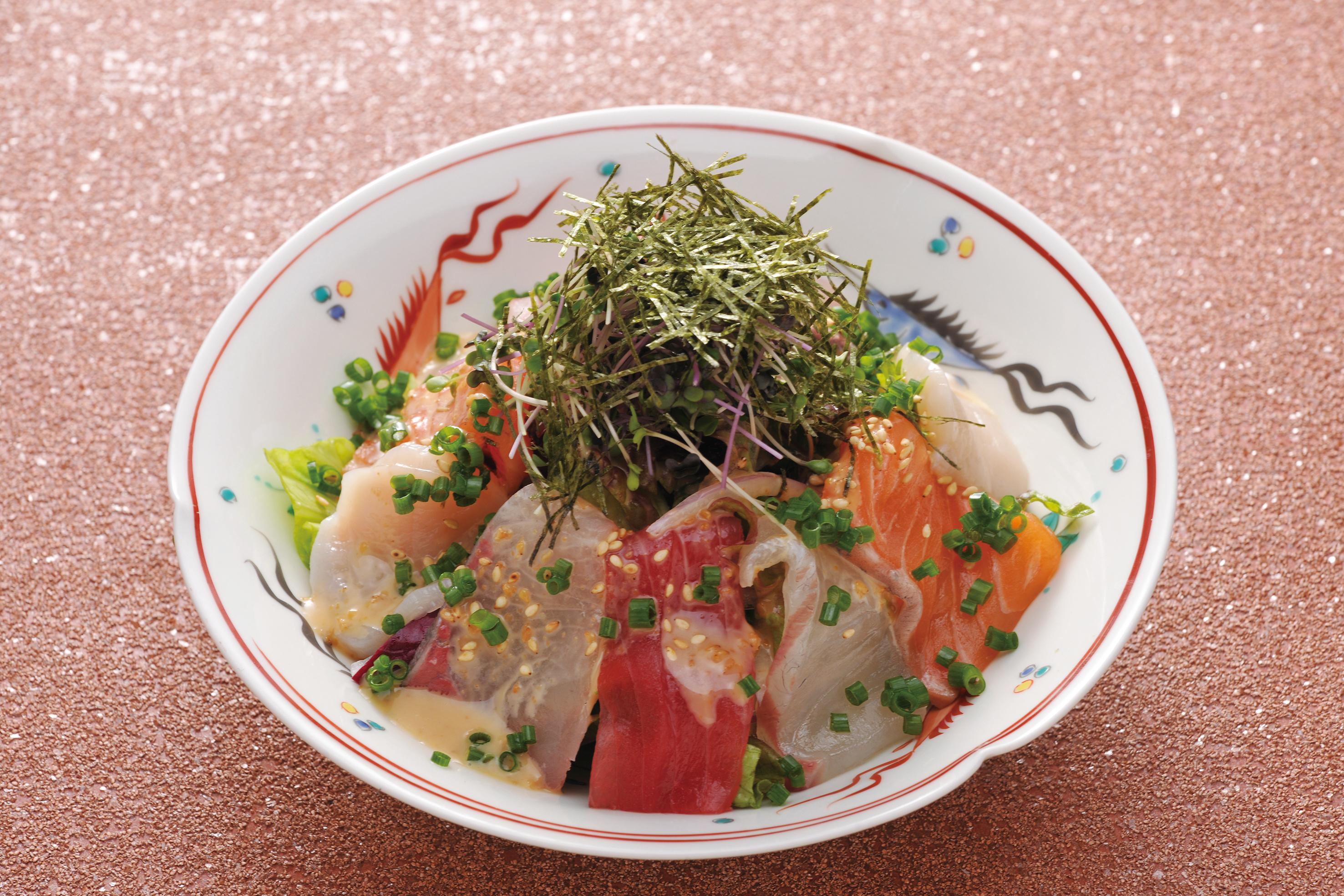 Sashimi Udon Salad